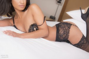 Zulmira free sex ads in Belleville IL & escort girl
